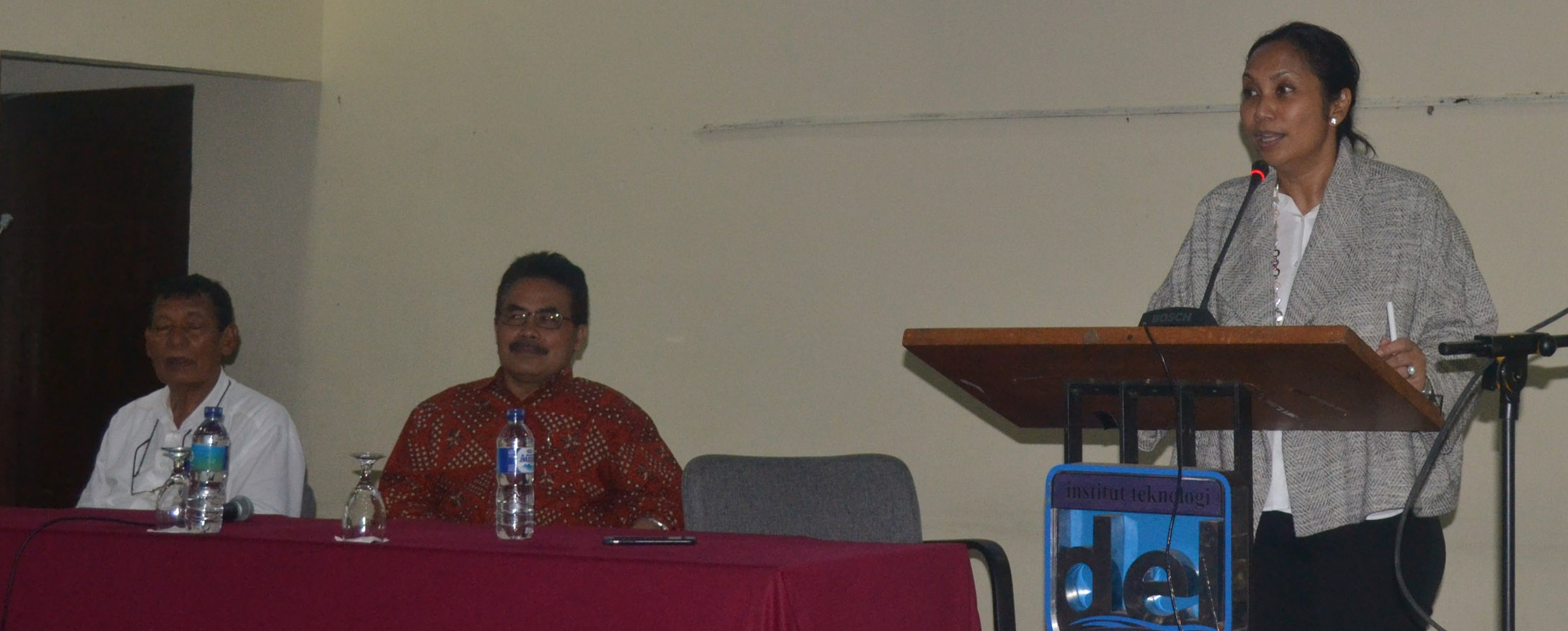 Sharing Session bersama Uli Pandjaitan Pengurus Yayasan Del Pusat