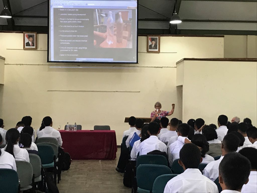General lecture by Mr. Steve and Mrs. Bron Veale from community H2O Australia