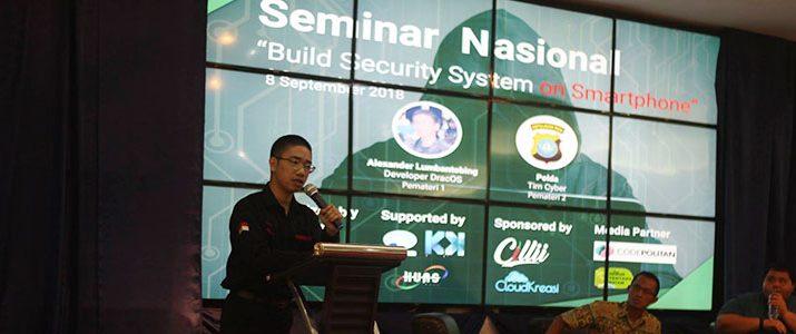 Alumni IT Del Menjadi Pembicara Seminar Nasional di Politeknik Negeri Batam