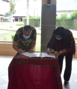 Serah Terima Beasiswa Bank Negara Indonesia (BNI) kepada Mahasiswa IT Del