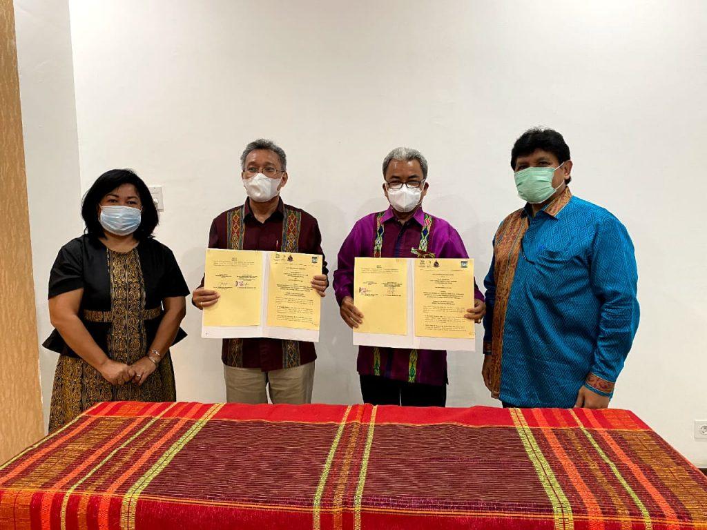 Institut Teknologi Del dan Badan Pengelola Toba Caldera Unesco Global Geopark Provinsi Sumatera Utara melakukan penandatanganan Memori of Understanding (MoU) di Hotel Labersa, Balige Kabupaten Toba.